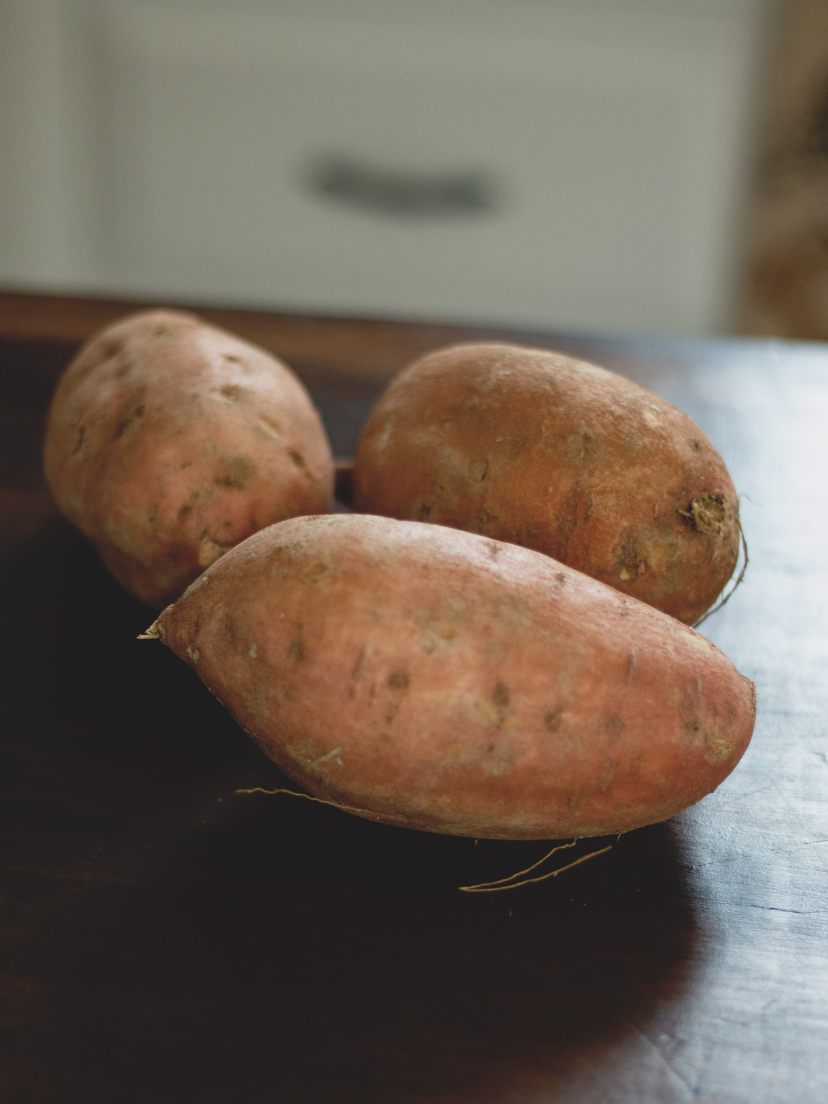 How to Make Simple Mashed Sweet Potatoes - Recipe from Wholesome Skillet. #paleo #lowcarb #recipe