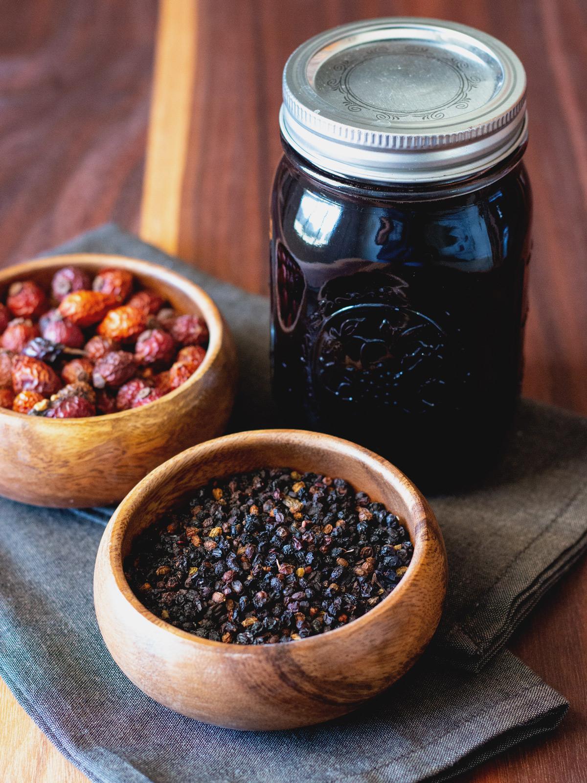How to Make Homemade Elderberry Syrup