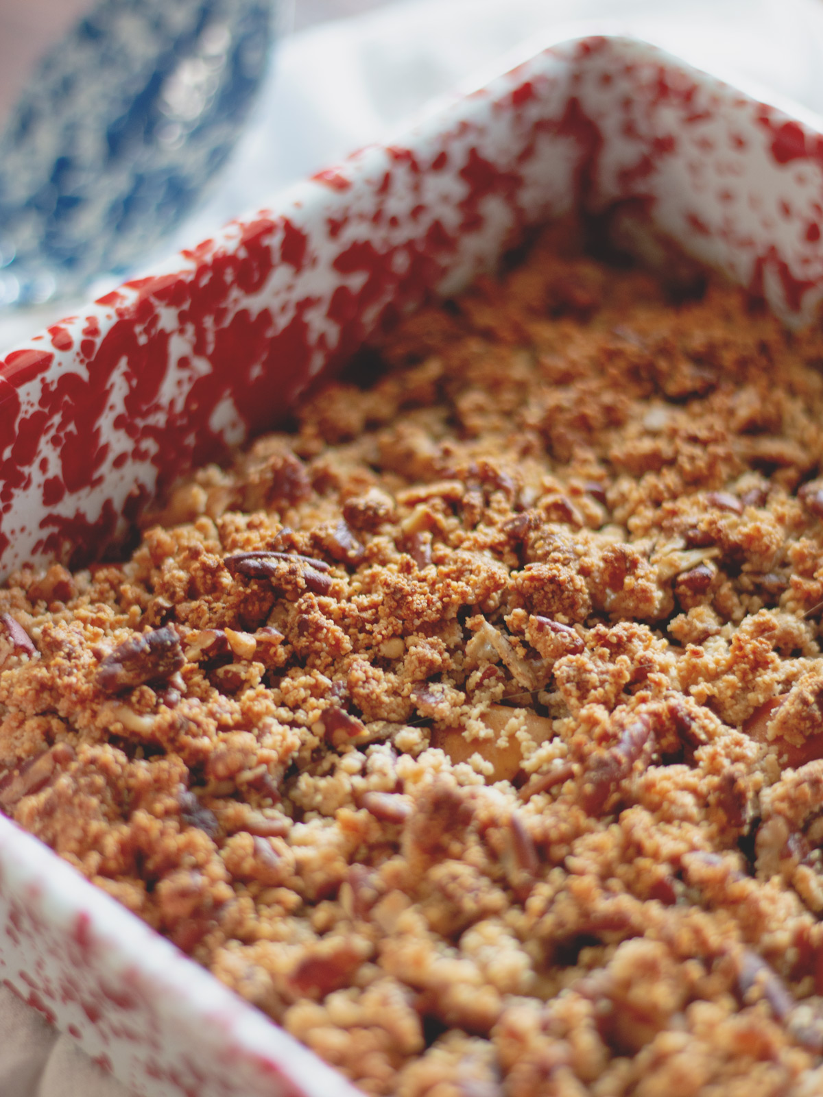 Warm Apple Crisp Dessert - Baked, spiced apples with a scrumptious crumb topping. #paleo #carb #sugarfree